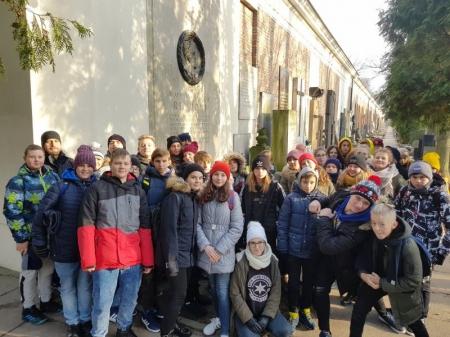 Wycieczka klas VII A i VIII A do Warszawy